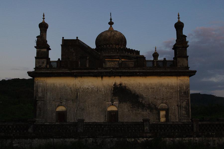 Raj's Tomb 2